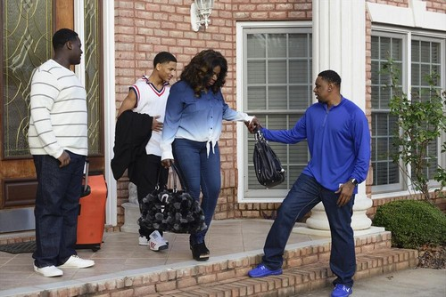 Celebrity Wife Swap RECAP 5/6/14: Laila Ali and Angie Stone Swap Lives