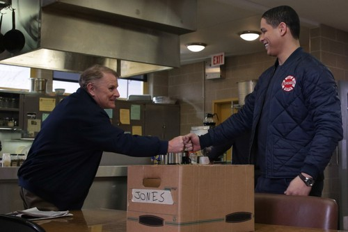 "Chicago Fire RECAP 4/15/14: Season 2 Episode 19 ""A Heavy Weight"""