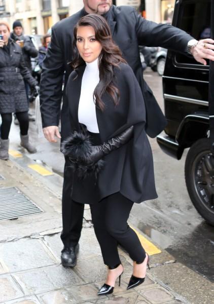 Jennifer Aniston's Hair Stylist Ditches Her For Bigger Star Kim Kardashian 0125
