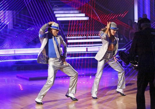 Corbin Bleu Dancing With the Stars Cha-Cha Foxtrot Fusion Video 11/26/13 #DWTS