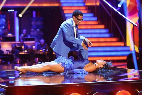 D.L Hughley Dancing With the Stars Foxtrot Video 4/8/13