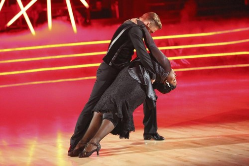 Amber Riley Dancing With the Stars Foxtrot Video 10/14/13