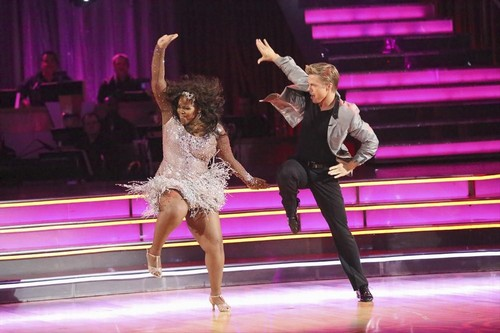 Amber Riley Dancing With the Stars Jive Video 9/23/13