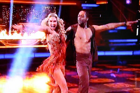 Jaleel White Dancing With The Stars Cha Cha Cha Performance Video 4/23/12