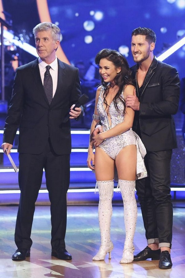 dwts 19 week 9 janel and val relationship