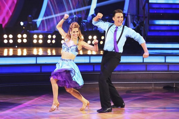 Jonathan bennett amp allison holker dancing with the stars cha cha cha