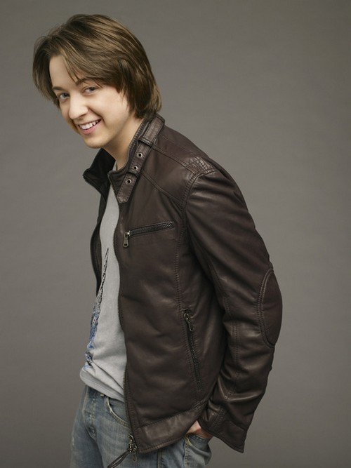 Damian Spinelli Headed To The Young and the Restless - Bradford Anderson Stolen By Steve Burton and Jill Farren Phelps?
