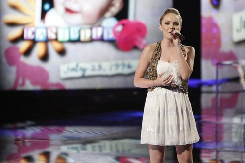 """Danielle Bradbery The Voice Finale """"Born to Fly"""" Video 6/17/13"""