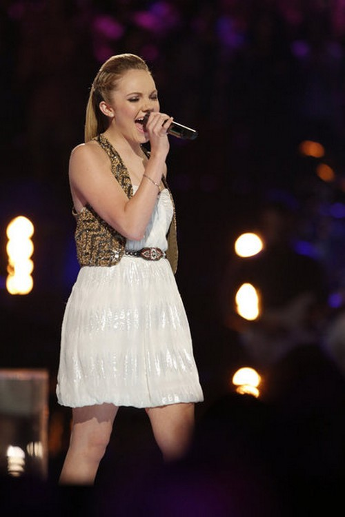 "Danielle Bradbery The Voice Finale ""Maybe It Was Memphis"" Video 6/17/13"