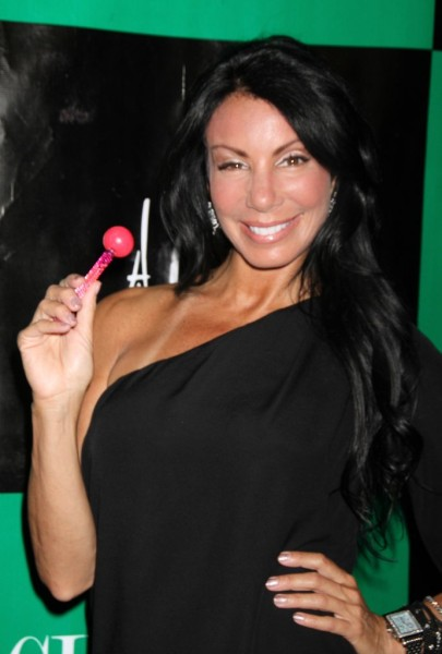 Teresa Giudice's Enemy Danielle Staub Returns To Real Housewives Of New Jersey! 1114