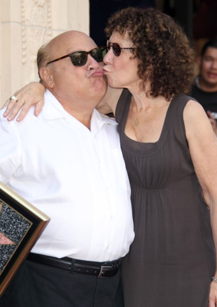 Danny DeVito Cheated On Rhea Perlman With Movies Extras, Preyed On Young Girls 1012