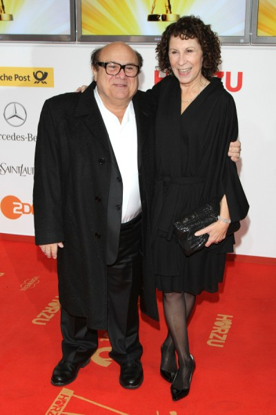 Is Danny DeVito's Cheating On Rhea Perlman The Reason For Their Separation? 1009