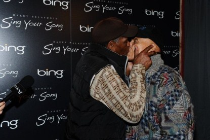 Danny_Glover_and_Harry_Belafonte_Smooch_at_Bing_Bar1