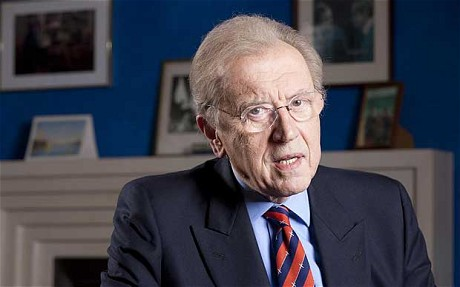 David Frost Dead at 74 - Legendary Journalist Dies Aboard Queen Elizabeth of An Apparent Heart Attack