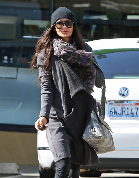 Demi Moore Rushing To Be Married Before Ashton Kutcher, Mila Kunis 0219