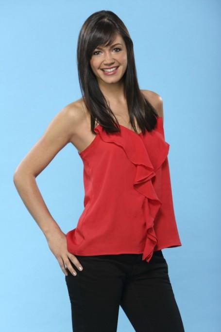 Desiree Hartsock Beats Out Emily Maynard For The Bachelorette Season 9 Starring Role