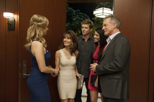 "Devious Maids RECAP 8/25/13: Season 1 Episode 10 ""Hanging the Drapes"""