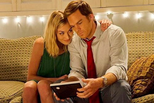 "Dexter Season 8 Episode 10 REVIEW ""Will Love Be Dexter's Undoing?"""