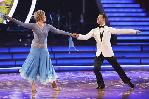 Diana Nyad Dancing With the Stars Cha Cha Cha Video 3/24/14 #DWTS