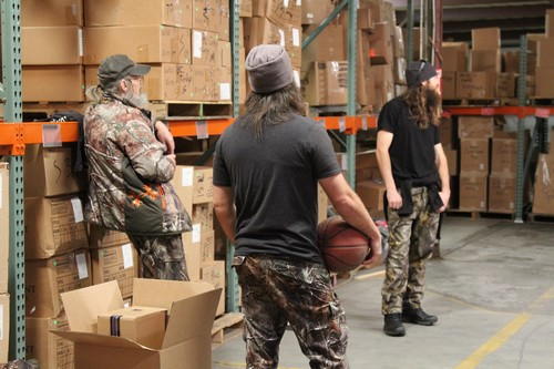 "Duck Dynasty Recap 6/25/14: Season 6 Episode 3 ""Hand on Woodchipper"""