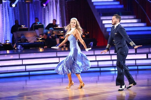 Elizabeth Berkley Dancing With the Stars Argentine Tango Video 10/7/13