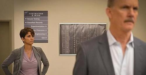 "Extant Recap 9/3/14: Season 1 Episode 11 ""A New World"""