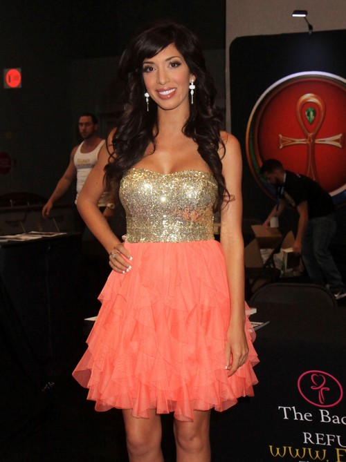 Farrah Abraham Teen Mom: From Confused Pregnant Kid to Naked Star to Lifestyle Coach!