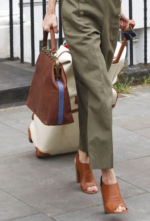 Amal alamuddin steps out in london celeb dirty laundry