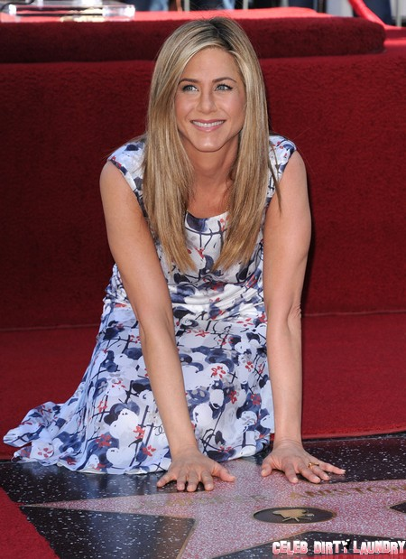More Jennifer Aniston Plastic Surgery Or Is She Just Gaining Weight? 1
