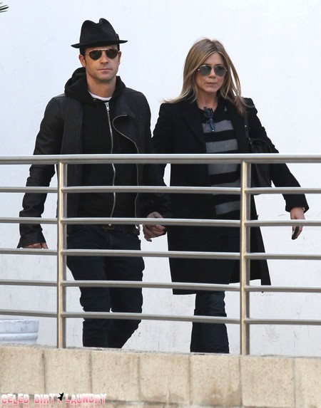 Jennifer Aniston and Justin Theroux Break Up Then Reconcile