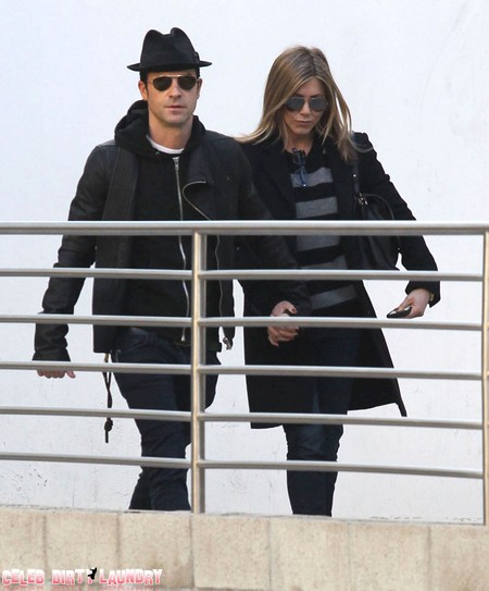 Jennifer Aniston Wants To Buy A Baby And A Wedding With Justin Theroux