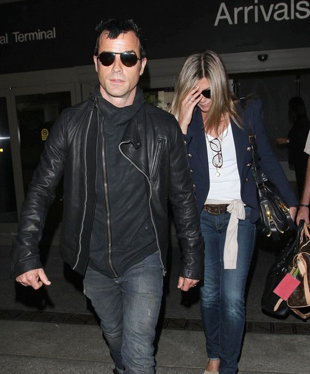 Justin Theroux Becomes Jennifer Aniston's New Financial Manager?