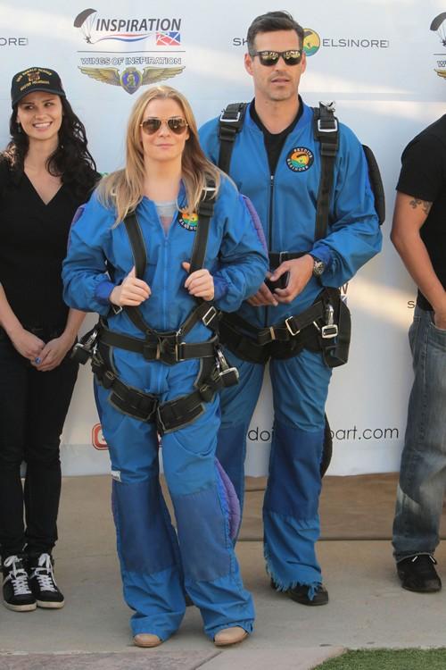 LeAnn Rimes & Eddie Cibrian Attend The Skydive Elsinore Disabled Veterans Event