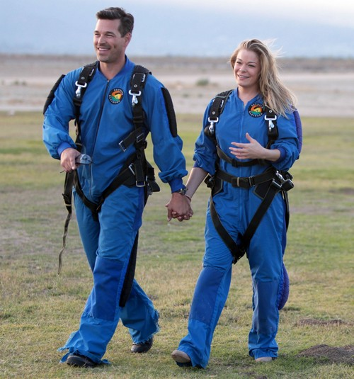 LeAnn Rimes & Eddie Cibrian Attend The Skydive Elsinore Disabled Veterans Event