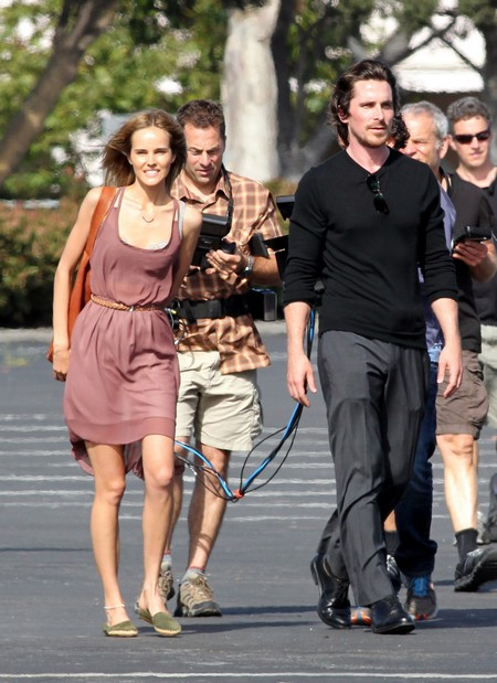 """Christian Bale And His Latest Leading Lady Isabel Lucas On The Set Of """"Knight of Cups"""" (Photos)"""