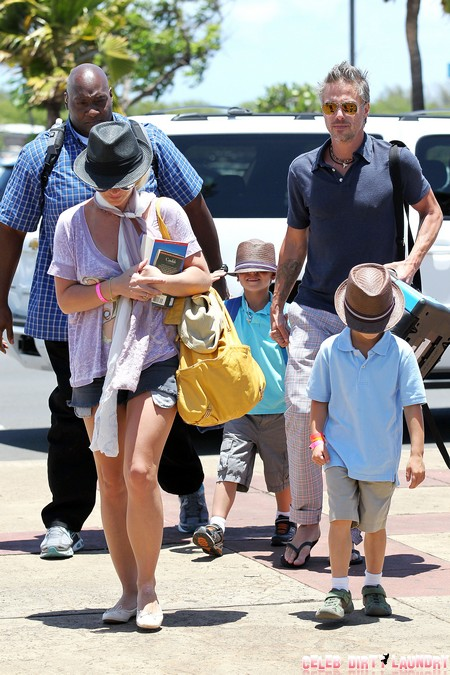 Britney Spears Heads Home From Maui With Her Boys
