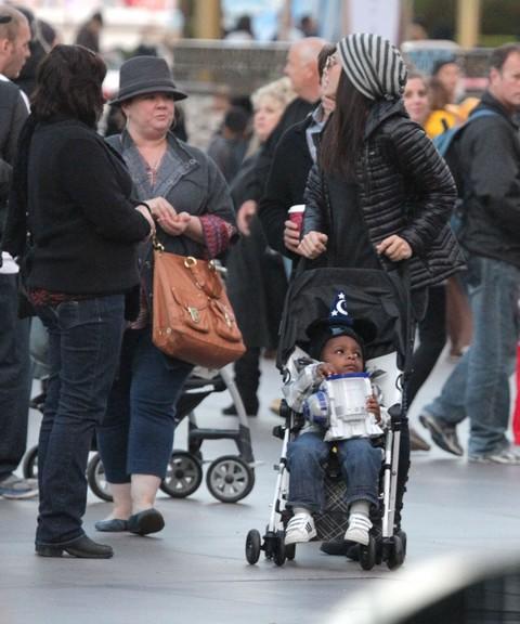 Sandra Bullock's Shocking Heartless Abuse of Wheelchair-Bound Veteran (Photos)