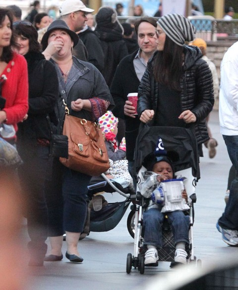 Semi-Exclusive... Sandra Bullock Takes Louis To Disneyland