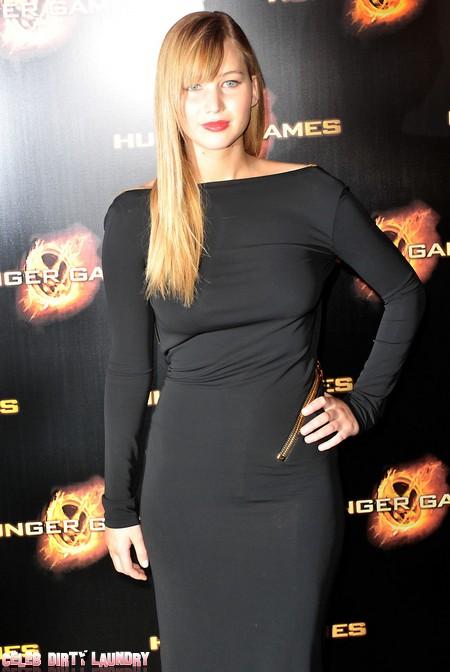 Jennifer Lawrence Still Playing Nice With Kristen Stewart (Video)