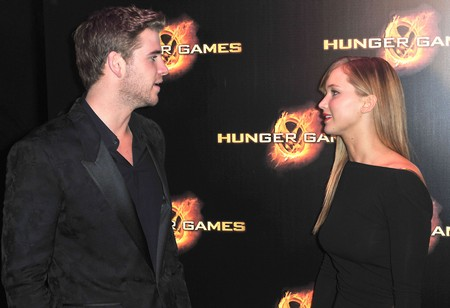 Miley Cyrus Dying Of Jealousy As Jennifer Lawrence Gets Closer To Liam Hemsworth