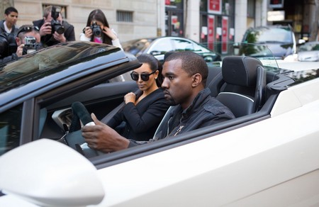 Pics! Kim Kardashian Kanye West Lay It On Thick In Paris!