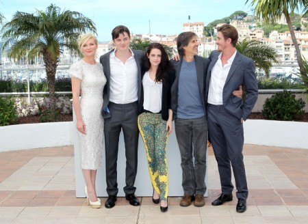 Kristen Stewart Too Ashamed To Attend Premiere; Drops Out Of New Movie 0809