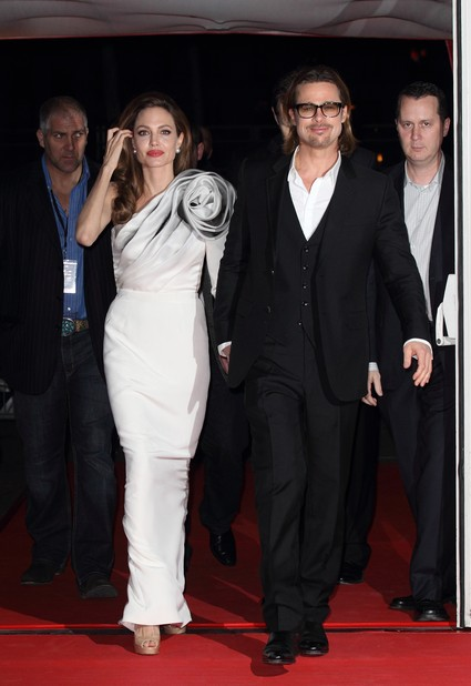 Angelina Jolie Makes Brad Pitt Cry With Jealousy