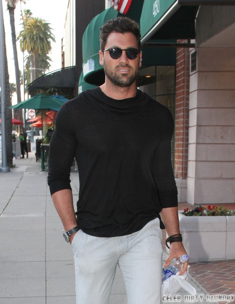 Kate Upton And Maksim Chmerkovskiy Romance Confirmed: Couple Spotted On Date Holding Hands