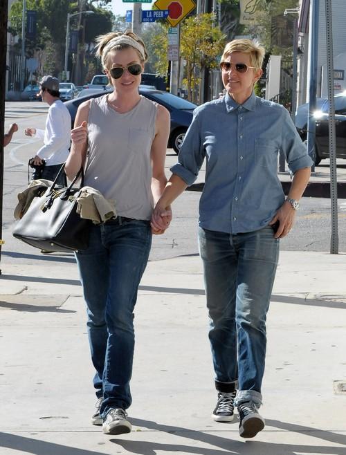 Ellen Degeneres Amp Portia De Rossi Spend Valentine S Day In