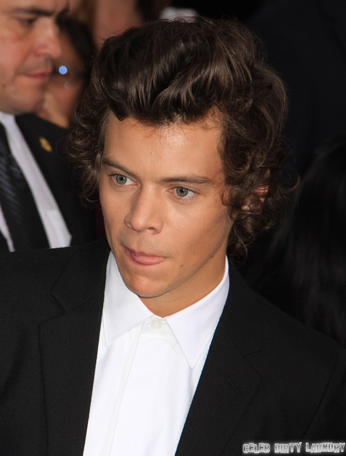 Taylor Swift Dating Harry Styles' Twin, Brenton Thwaites - See The Similarities - Taylor Wants Another Harry! (PHOTO)