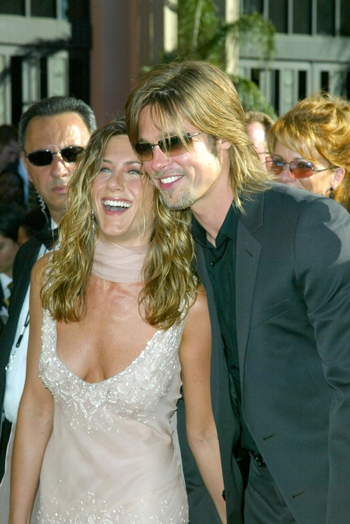 Jennifer Aniston Wants Brad Pitt Back: Refuses To Marry Justin Theroux