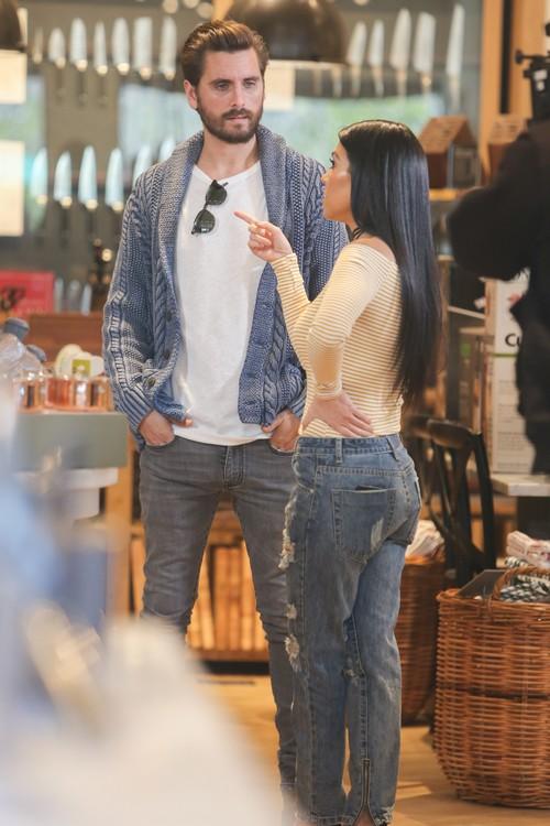 Kourtney Kardashian and Scott Disick Back Together: Couple Reunite in Nantucket