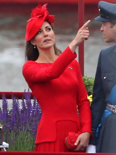 When Will Kate Middleton Ditch The Fake Diamonds And Starting Dressing Like An Actual Princess?