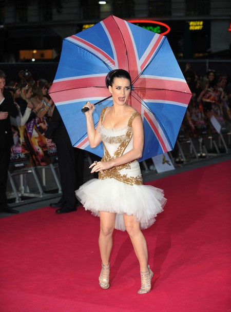 Katy Perry Says She Wants Prince Harry At Her 'Part Of Me' Movie Premiere (Photos)